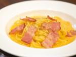 熟練シェフこだわりの麺が自慢 厳選卵を使ったカルボナーラ