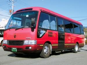 九度山町内を運行する巡回バス。平成28年1月24日(日)から約1年間、土・日・祝日を中心に運行。1乗車は大人100円、小児50円。☎0736(32)0779南海りんかんバス橋本営業所