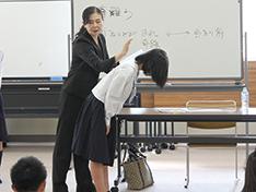 """西和中学校2年生が マナー研修で""""自分磨き"""""""