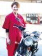 夫の意志を引き継ぎ 目指せバイクのスペシャリスト