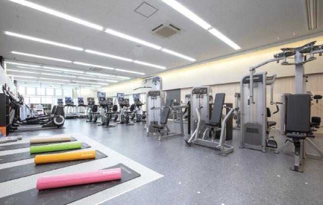 メッサオークワ高松店2階にオープン<br>月額2052円から始めるフィットネス
