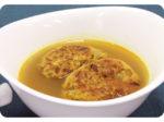 思わず食べちゃう!野菜がおいしくなるレシピ「きのこハンバーグのカレースープ」