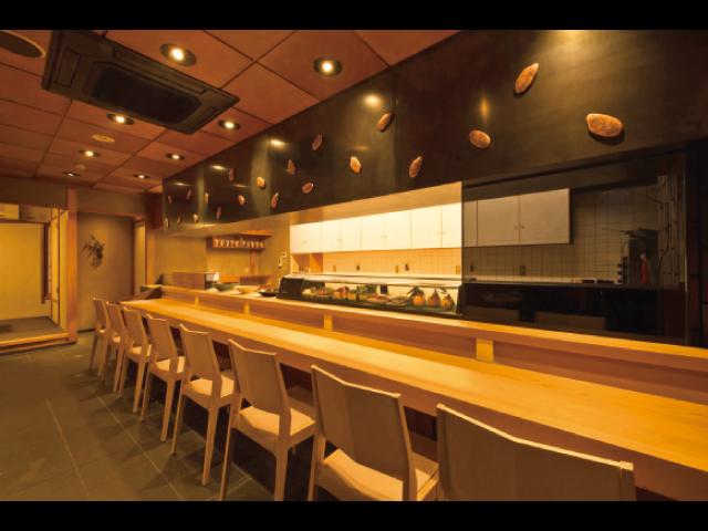 20種類以上もの選りすぐりの日本酒と 和・洋さまざまな料理との相性を楽しむ
