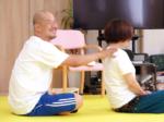 生活に必要な「立つ」「座る」など、動きの学習 「シンプルラーニング」