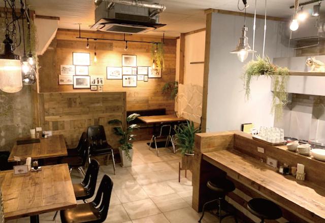 アロチの洋食の名店が約30年ぶりに復活 料理は創業時の味を再現、店内はモダン