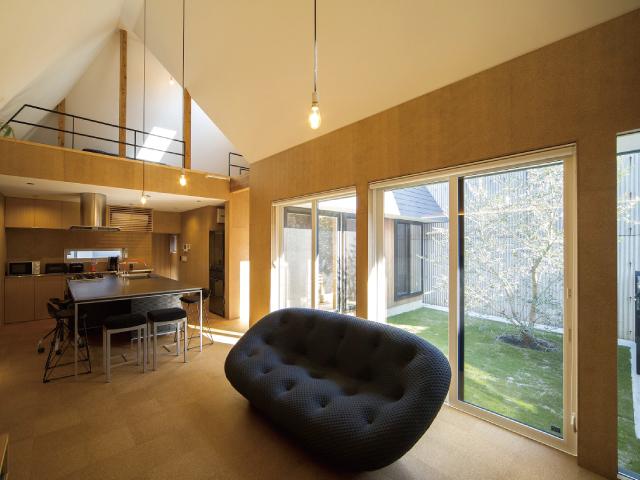 家づくりのカギを握るのはパートナー③<br/>理想の家を追求するなら<br/>設計事務所